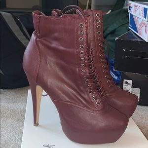 Bakers brand side zip ankle boot